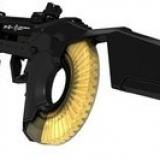 THOR это оружие, непохожее ни на какое другое. С магазином на 50 патронов калибром 5.56х45 мм это уникальное оружие самообороны. Это оружие которое заставит владельца винтовки сгореть от зависти. Одним нажатие кнопки THOR приводит цевье и приклад в боевое положение и обеспечивает 100% -ю пробиваемос