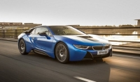 BMW сделает свои автомобили прозрачными