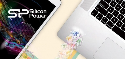 Флэшка Silicon Power Mobile X20 оснащена разъемами USB и Micro-USB