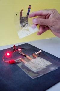 В США создали гибкий аккумулятор для гаджетов