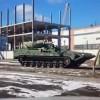 В Нижнем Тагиле удалось снять на видео новейшую российскую тяжелую БМП, созданную на базе гусеничной платформы «Армата». Ранее мы уже видели построенный на ее базе основной боевой танк.