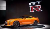 Мощность суперкара 2017 Nissan GT-R достигает 565 лошадиных сил