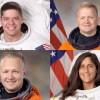 NASA назвала имена первых астронавтов коммерческих космических кораблей