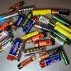 Блогер ammo1 провел тест-драйв батареек. Результат сего в таблице, а весь эксперимент занял 2 месяца, так как на тестирование каждой батарейки уходило около десяти часов.]
