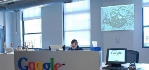 Google платит половину зарплаты в течение 10 лет после смерти сотрудника, деньги получит жена.