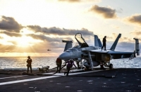 США заправляют военные корабли топливом из воды.